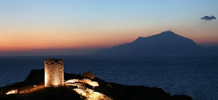 Moonrise above Drakano castle at Ikaria