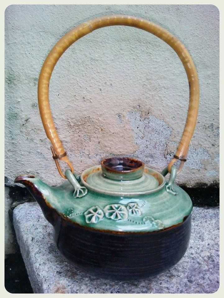 stoneware hand made teapot with handle, cz clay FR Pavek, stoneware amaco glazes: Celadon Jade/Ironstone Potters Choice, 1250 st. Cels