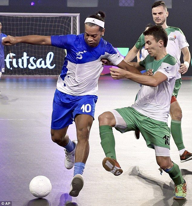 Former Barcelona forward Ronaldinho has been forced to quit the Indian Premier Futsal afte...
