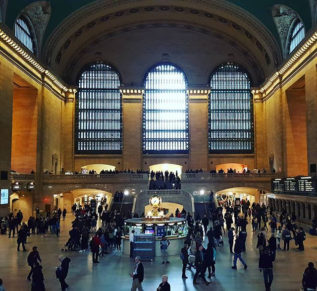 My view #andreatincu #newyork #traveling #inspiration #grandcentralstation #instalike #instagood #people