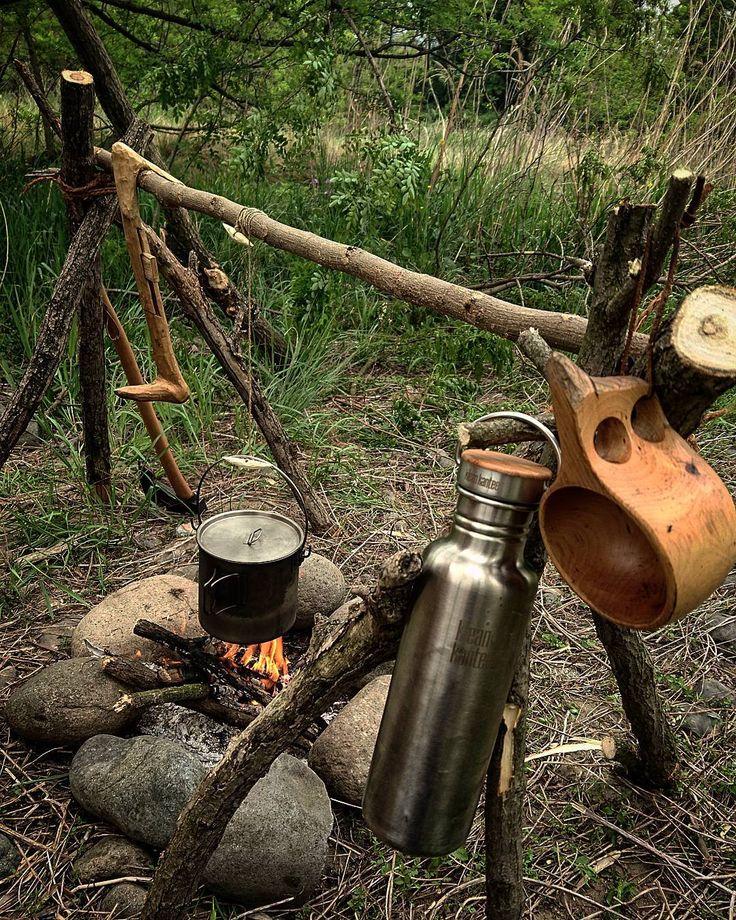 明日の休みはどこに行くべっかなぁ ひさびさにお山かなぁ ひさびさ だっけ 草むしり 大丈夫 行きます #ブッシュクラフト#焚き火#野営#ソロキャンプ…