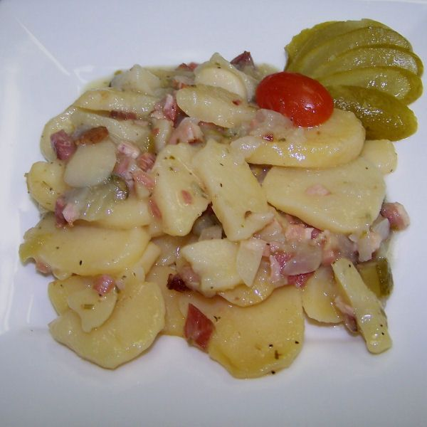 1300 best german cuisine images on pinterest cooking food easy bavarian style german potato salad kartoffelsalat forumfinder Images