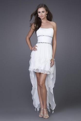 robe de mariée courte devant et longue derrière 19