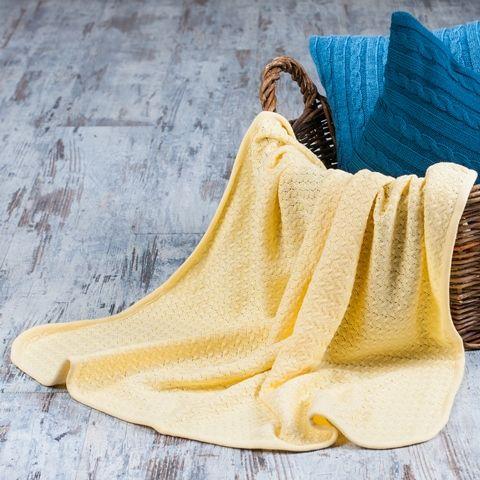 Плед Детский, желтый, 110х130    Очень мягкий детский пледик, связан из 100% хлопка.    Размер: 110х130 см    Цвет: желтый #plaid #knitted #knitting #decor #ukraine #madeinukraine