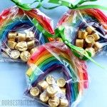 St. Patrick's Day treatPot Of Gold, Goodies Bags, Treats Bags, Stpatricksday, Rainbows Treats, Parties Favors, St Patricks Day, St Patti, Pots Of Gold