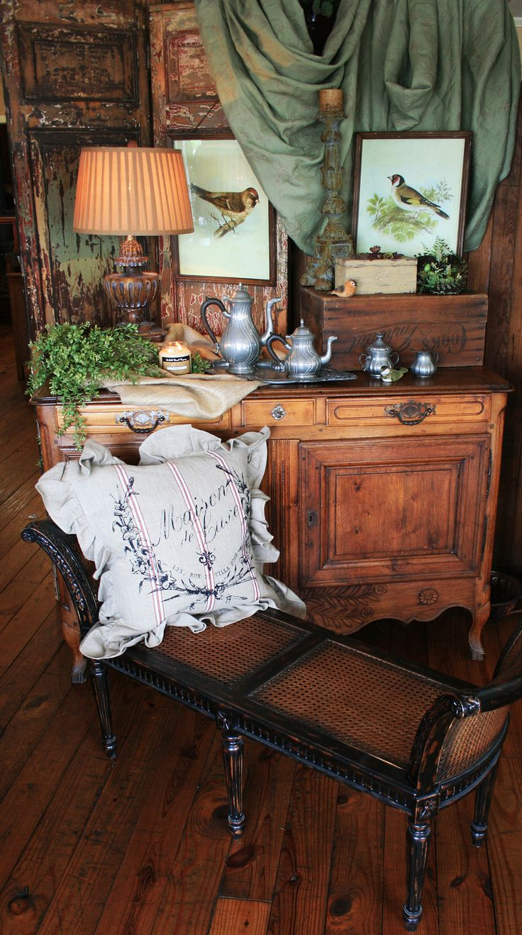 Best 25+ Colonial decorating ideas on Pinterest