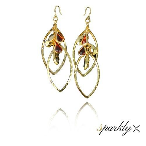 Golden multi leaf earrings ONLY $10.49 ONLY at http://www.sparkly.com.au/new-arrivals/gold-multi-leaf-earrings.html