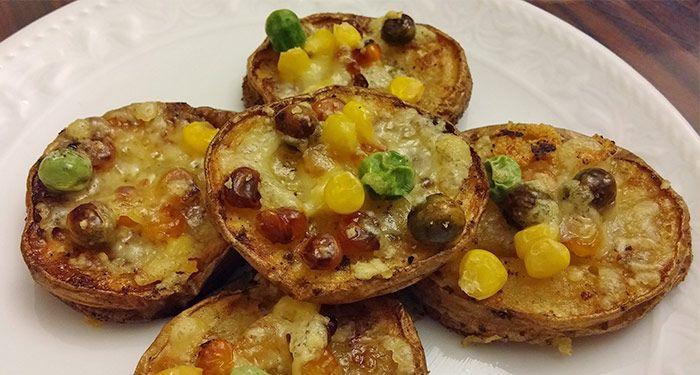 Fırında Patates dilimleri, Kumpir Tarifine alternatif olarak çok hoş oldu. Evde büyük boy patates olmayınca, küçük dilimler şeklinde de yapılabilir