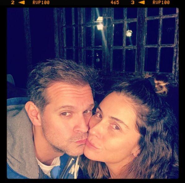 Sem maquiagem, Giovanna Antonelli publica foto beijando o marido – TV Foco