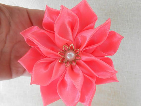 Bright pink flower fabric elastic hair Scrunchie Bright fuchsia ribbon hair clips with bright pink fabric flower Bright pink Lotus of tapes
