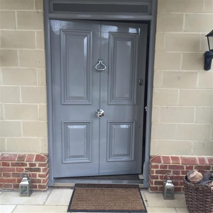 Manor House Gray Gloss No 265 By F B Like This Color With The Pinkish Brick Front Door Colourspainted