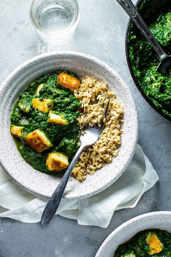 Halloumi Saag Paneer Lean Green Nutrition Fiend Recipe In 2020 Saag Paneer Paneer Saag