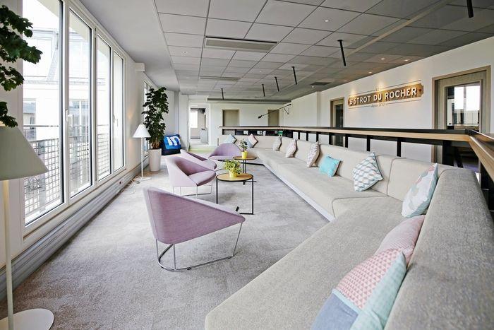 LinkedIn Offices - Paris - Office Snapshots