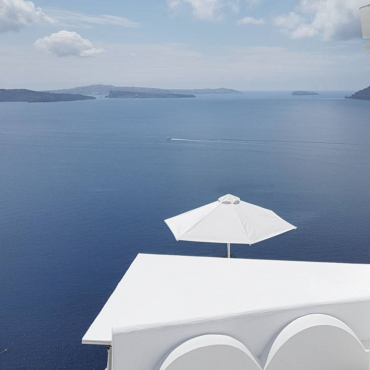 "811 Likes, 5 Comments - Vangelis Paterakis (@vangelispaterakis) on Instagram: ""#greece #santorini"""