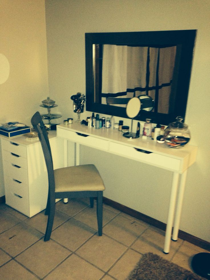 makeup vanity ikea make me up pinterest makeup. Black Bedroom Furniture Sets. Home Design Ideas
