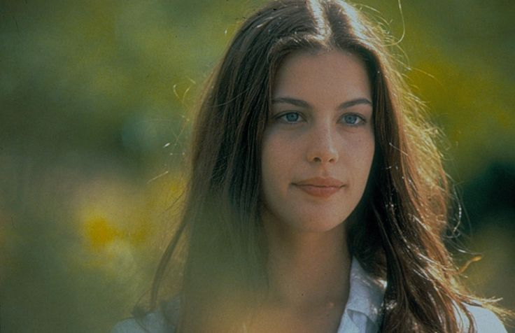 Breaking Down the Indie Muse Beauty Equation: From Greta Gerwig to Liv Tyler