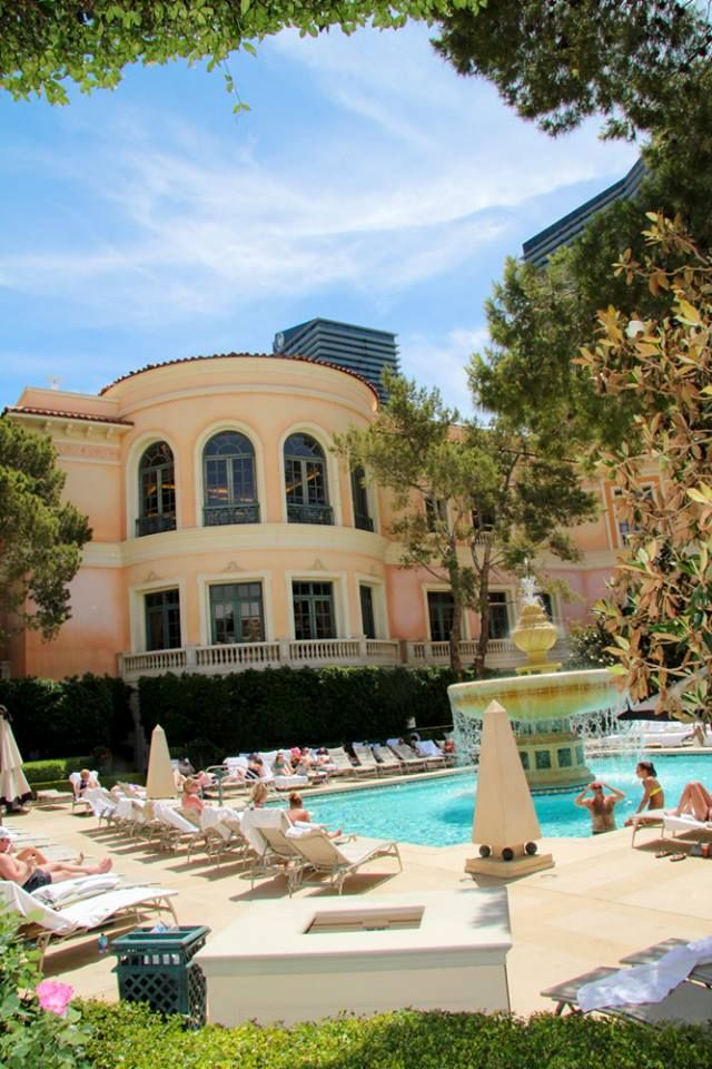 The Most Romantic Pool In Las Vegas Is Located At Bellagio Bellagio Las Vegas Pool Las Vegas Pool Bellagio Las Vegas Pool Cabana