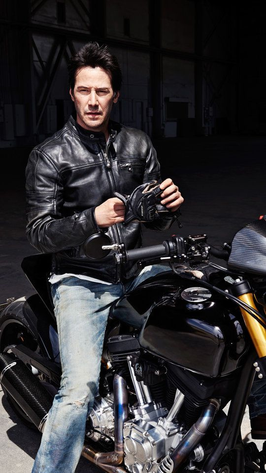 Keanu Reeves On Why He's So Obsessed With Motorcycles                                                                                                                                                                                 Mais