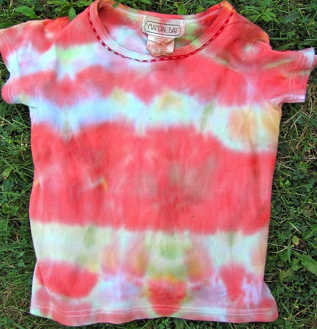 Cool kool aide tye dyed t shirts my kids would love this for Making a tie dye shirt