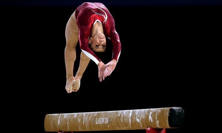 Sport picture of the day: Claudia Fragapane flips on the beam