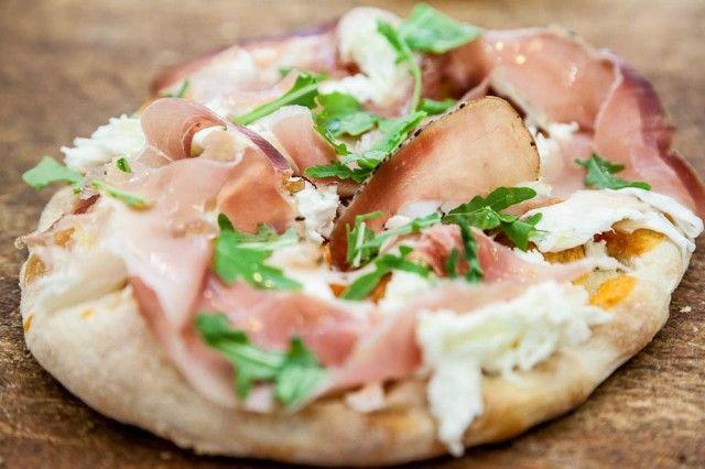 ピザより低カロリーでヘルシーピンサをご存じですか