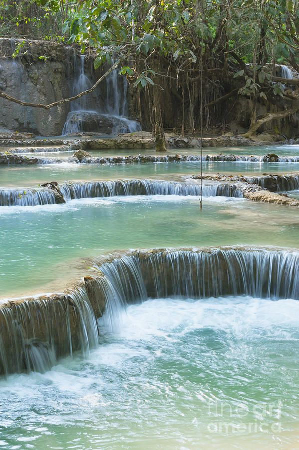 ✯ Pool and waterfall in the Tat Kuang Si waterfall system near Lua - Laos