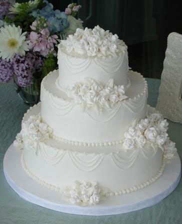 traditional white on white wedding cake design