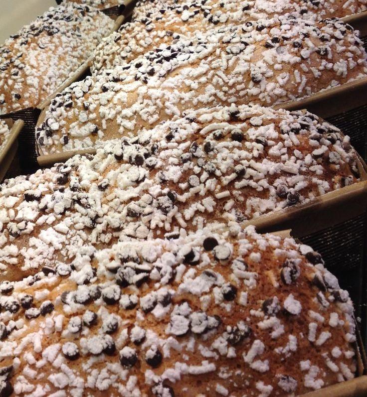 MATILDE  Dolce inventato da noi con gocce di cioccolato, fichi secchi, noci e canditi di albicocca.