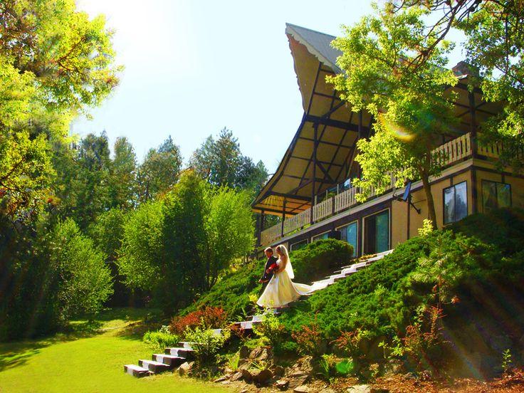 Spokane Wedding Venue, The Mountain Lodge