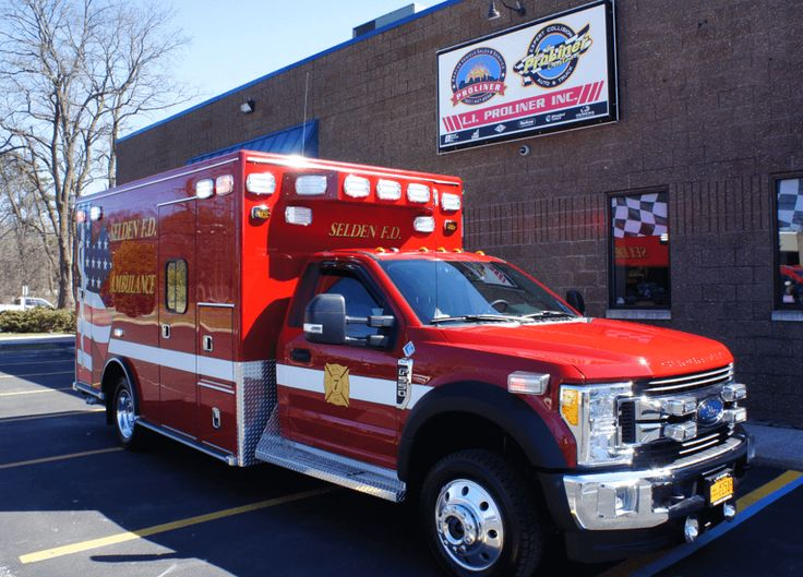 Pin By Jacob Thompson Arnone On Ford Ambulance American Ambulance Ford Ambulance Emergency Vehicles