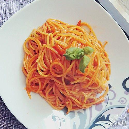 One Pot Pasta Tomate-Mozzarella