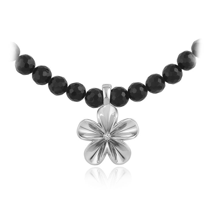 Fleur Necklace. Glossy 925 sterling silver with 1 brilliant cut diamond - 0.035 carat (full cut) and 58 black onyx beads - 172.10 carat.