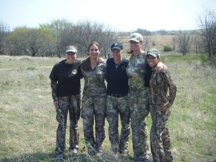 Prois Hunting Trips...Ladies only hog hunt in Oklahoma!  www.proishuntingtrips.com