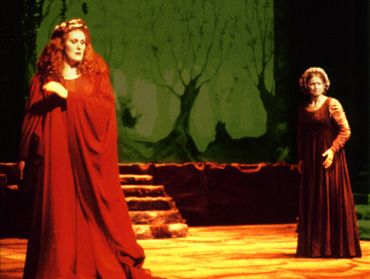 Dame Joan Sutherland as Bellini's Norma