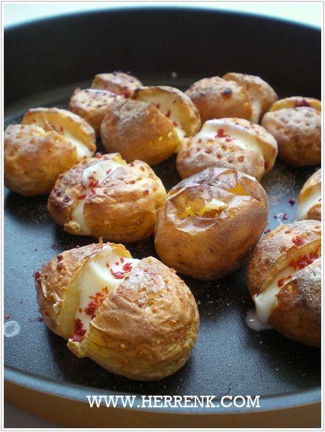 Fırında Bebek Patates Kumpir-fırında patates tarifi,kumpir,patates közleme,patates kumpiri,kahvaltılık,patatesli kolay tarifler,kolay kahvaltılık tarifler,patatesli kahvaltılıklar,patatesli yemekler,fırında patates,diyet yemek,öğrenci mutfağı,pratik tarifler,