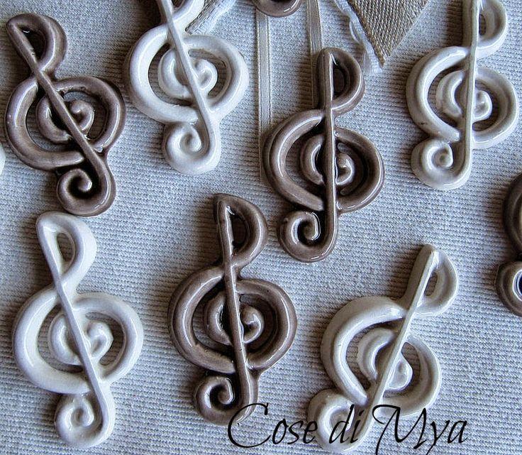 Cose di Mya: Chiavi di violino in ceramica
