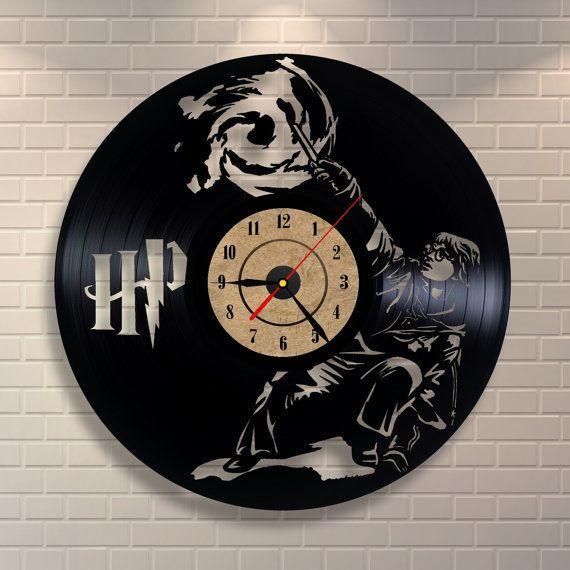 die besten 25 harry potter clock ideen auf pinterest harry potter zauber harry potter. Black Bedroom Furniture Sets. Home Design Ideas