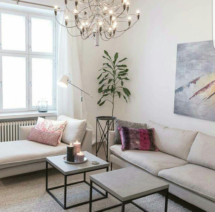 Kuusilinnan Ilma-sohva ja -divaani. Instagram @deiadesign.