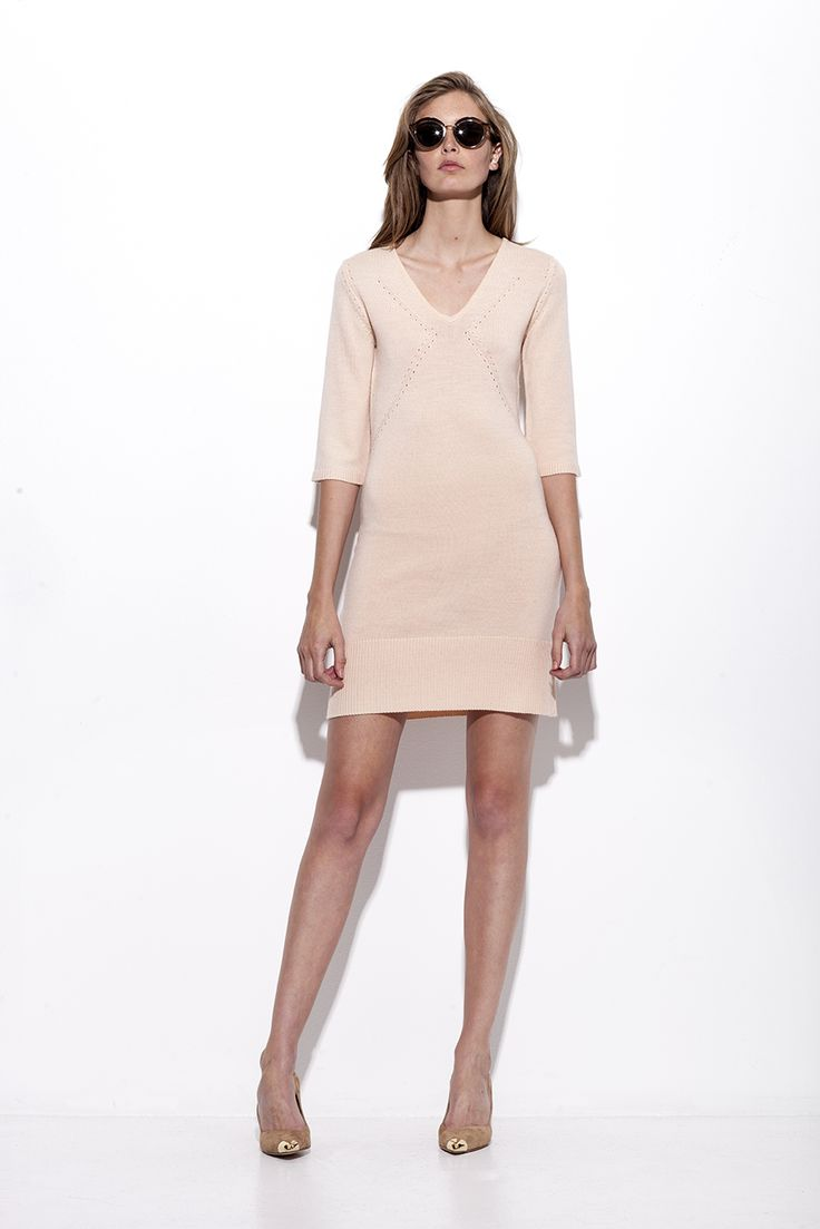 Bogelund-Jensen´s SS15 collection: The shaped knitted dress in soft rose