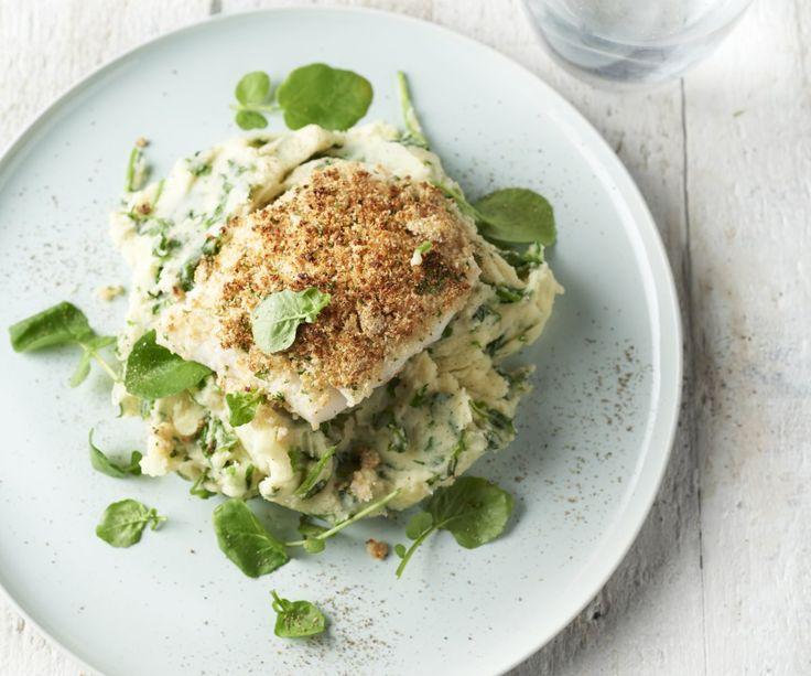 Il pollock è un pesce bianco del Mare del Nord, ideale da cuocere al forno e delizioso con una croccante crosticina al prezzemolo e senape. Il purè di patate e il crescione d'acqua dal sapore pepato si abbinano perfettamente a questo pesce saporito. Godetevi questo piatto leggero e molto gustoso!