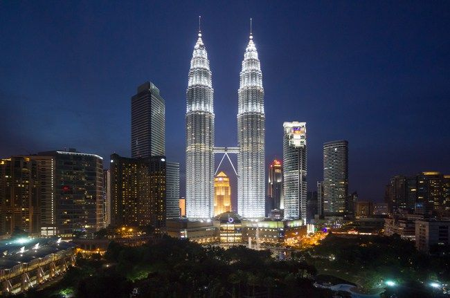 Image result for petronas tower in manhattan