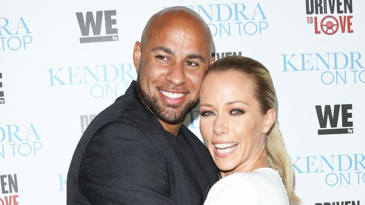 Hank Baskett Spotted Without His Wedding Ring After Kendra Wilkinson Says 2018 Is Already The Hardest Year Of Her Life: Couple Reportedly Headed For Divorce! #HankBaskett, #KendraWilkinson celebrityinsider.org #Entertainment #celebrityinsider #celebritynews #celebrities #celebrity