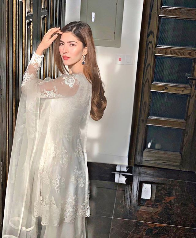 Best Outfits of Naimal Khawar Abbasi
