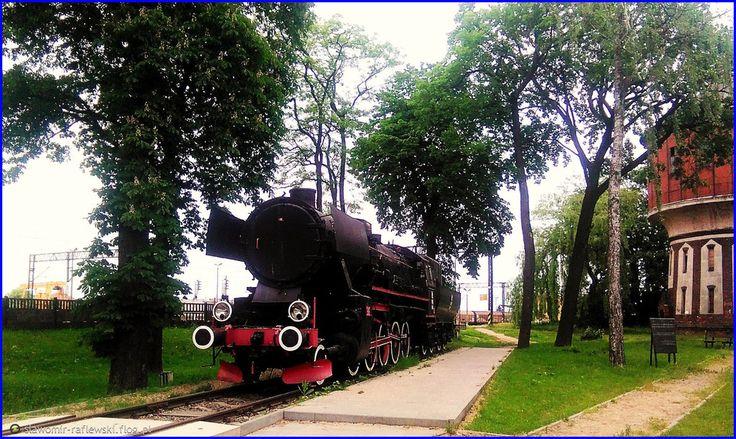 Parowóz jako pomnik na stacji w Jabłonowie Pomorskim :)