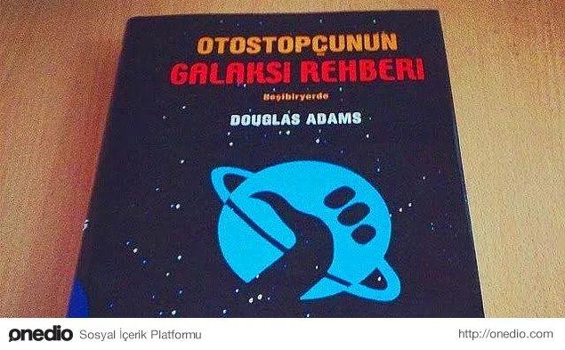 Otostopçunun Galaksi Rehberi, Douglas Adams