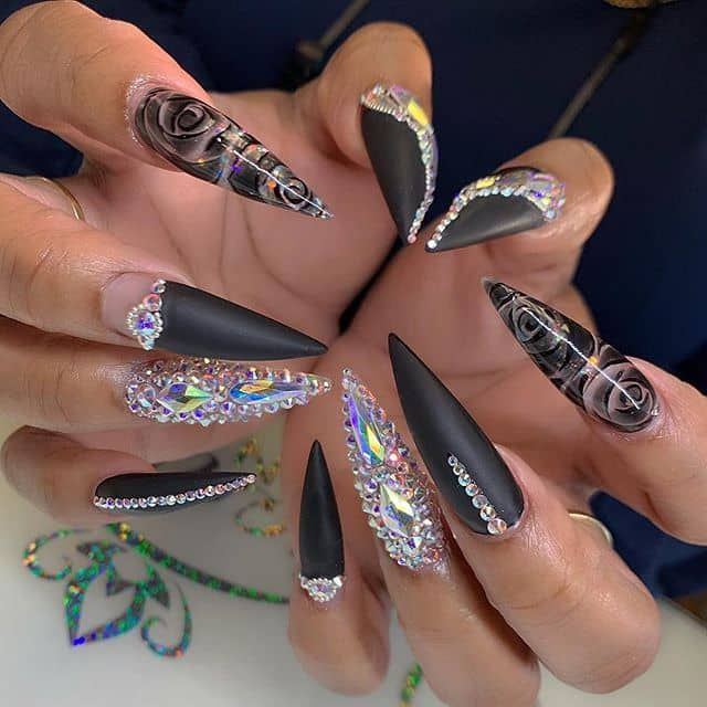 46 Cute Pointy Acrylic Nails That Are Fun To Wear Pointyacrilicnail Pointyacrylicnaildesign Pointyacrylicnailart In 2020 Pointy Acrylic Nails Pointed Nails Nails
