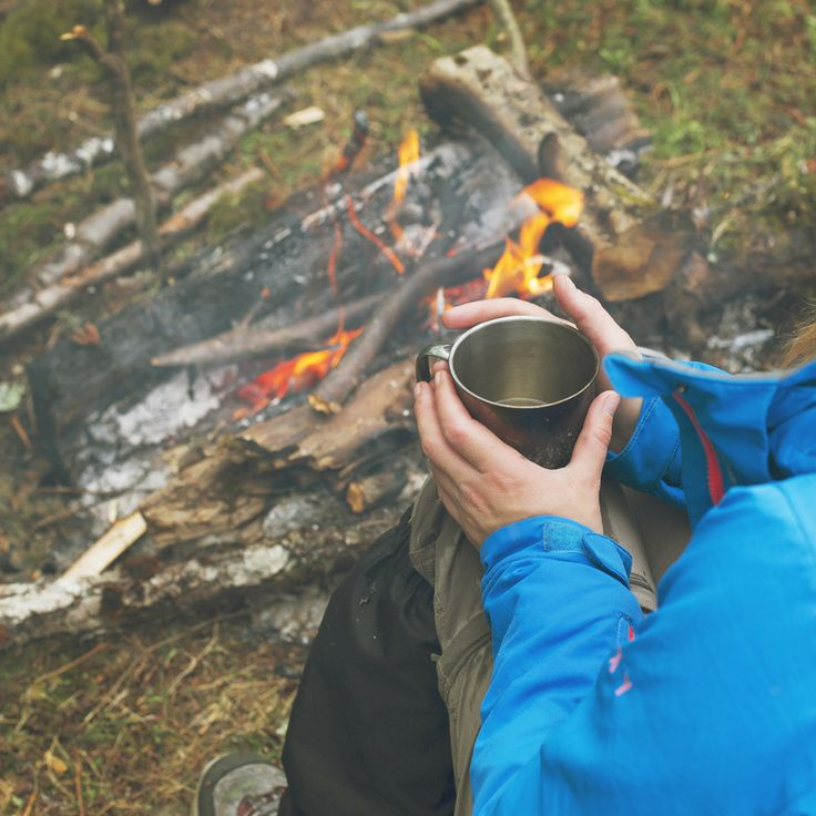 Looking for something warm to drink when you're outdoors in the cold that will give you a boost? Try adding a scoop of Staminade to your hot water - it tastes great and you get all the benefits of the electrolytes in Staminade.