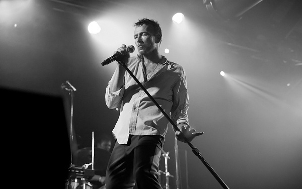 Scott Weiland hits the road with new band, The Wildabouts