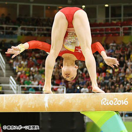 【体操・女子団体】寺本が平均台で落下も3大会連続で決勝進出 #体操 #リオ五輪