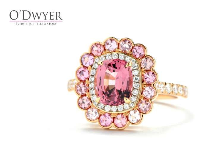 Pink Bloom Ring från Michael O´dwyer